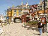 Mt Tremblant Village7