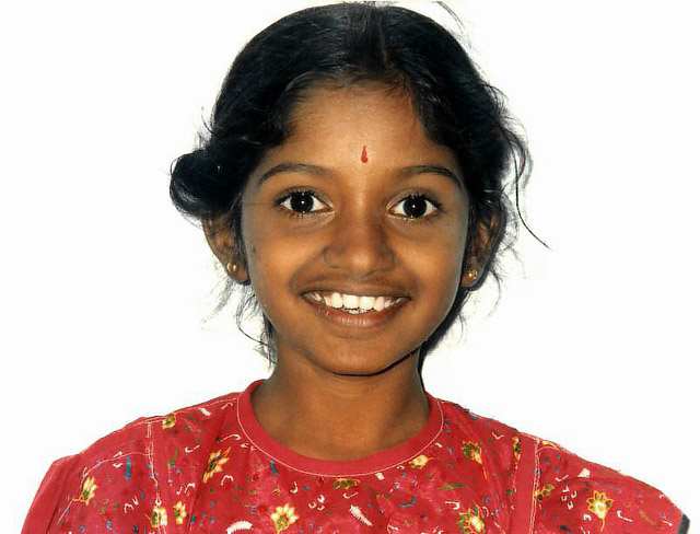 young girl at Kanchipuram
