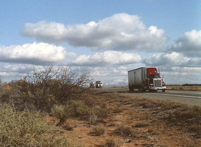 On the road<br>1982/12/02<br>kbd0573