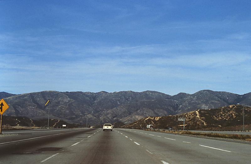 On the road<br>1982/12/02<br>kbd0574