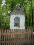 Leśna kapliczka nad Dobrą(134-3458_IMG.JPG)