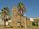 Une vieille eglise au milieu d'une base militaire (El Bahri)