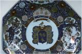 Porcelain plate with escutcheon