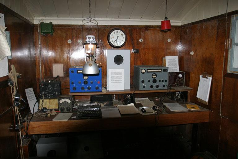Port Lockroy Hut 8402