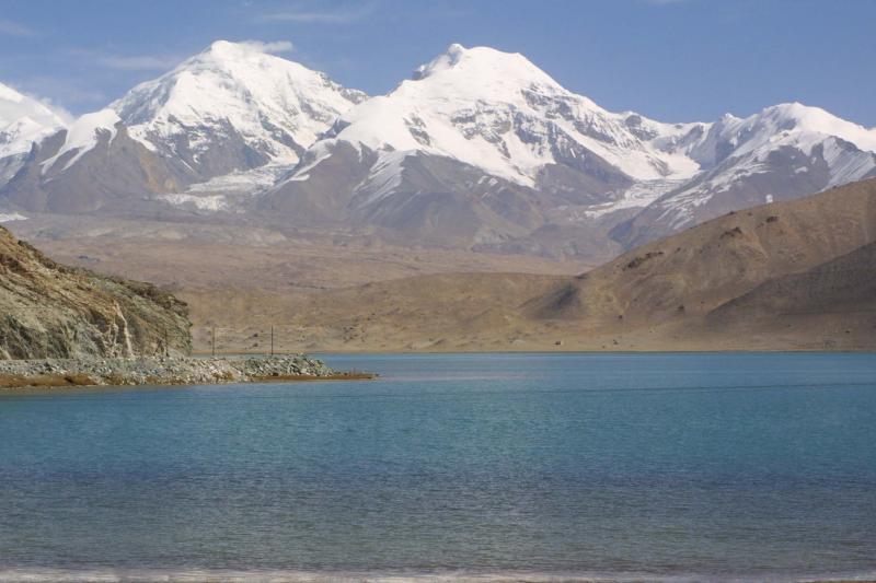 Lake Karakul - Elevation 3962m.