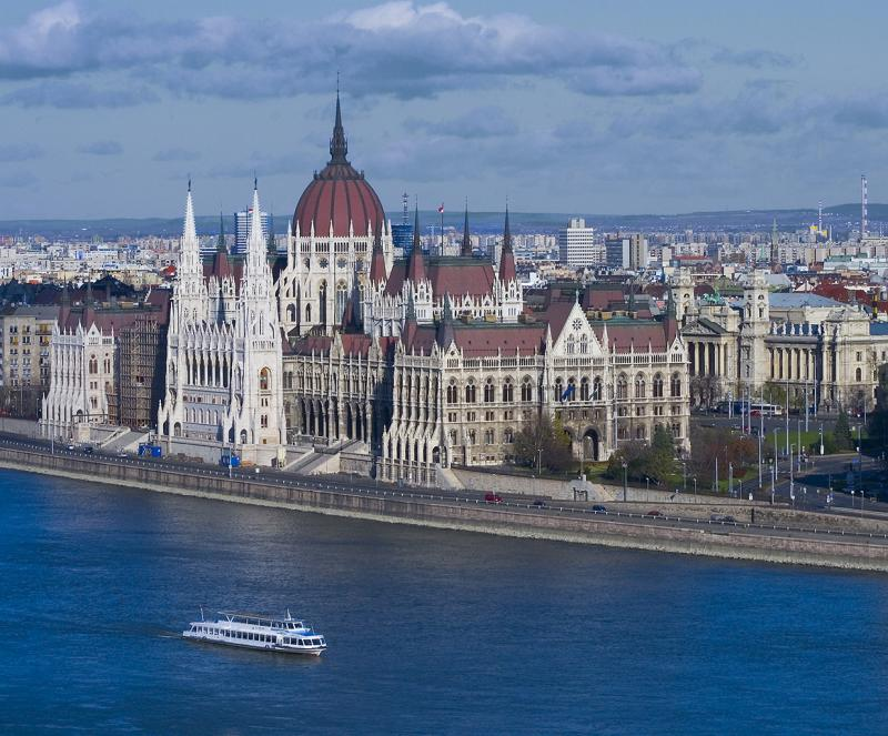 Parliament/Parlament