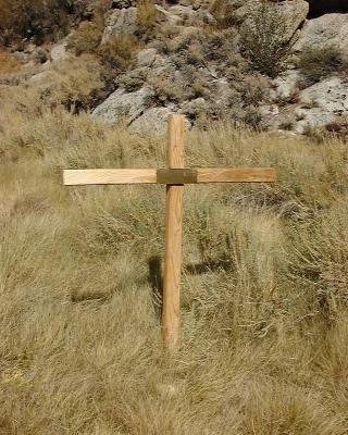 Grave in Cottonwood Canyon, White Mountains