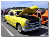 1951 Ford 2-door sedan