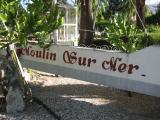 arriving at Moulin Sur Mer