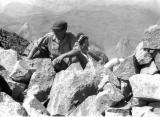 En famille au sommet de l' Ossau : Robert et Maïté Ollivier