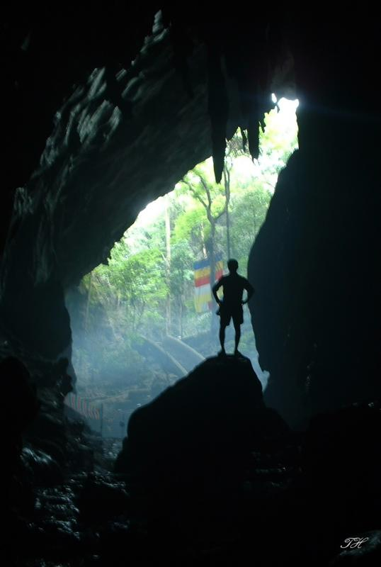 View from inside Huong Tich cave-Ha Tay province