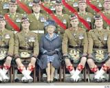 Queen and Scots soldiers