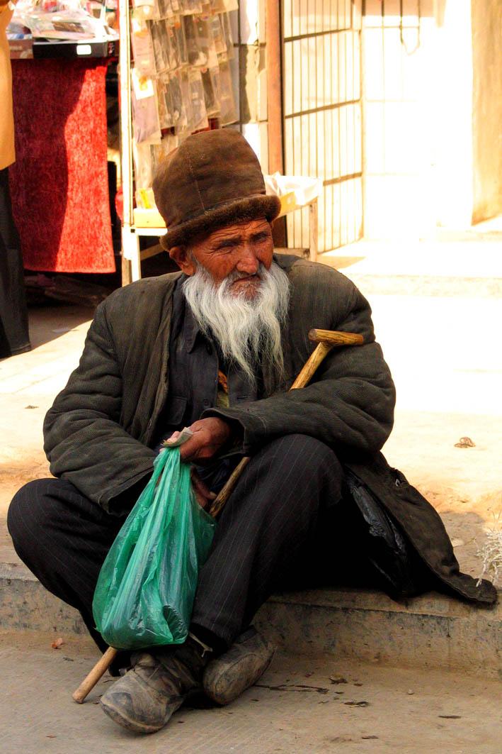 Destitute or resting?