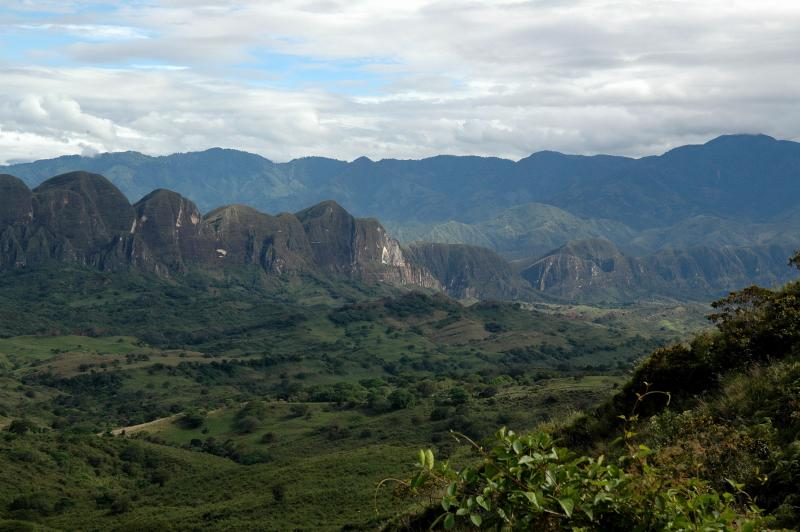 18 Mountains in Tesalia - Upper Magdalena Valley