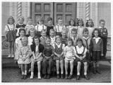 Kindergarten, 1944