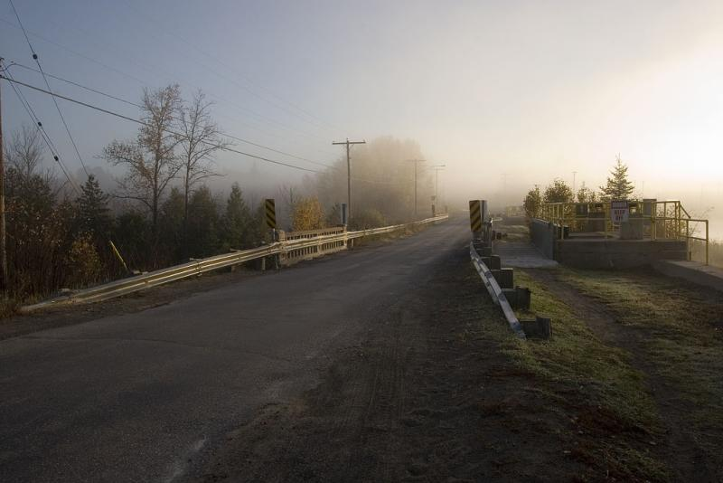 Foggy sunrise along Highway 573 at Charlton