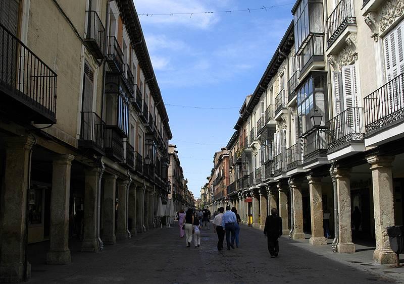Calle Mayor (Main Street)