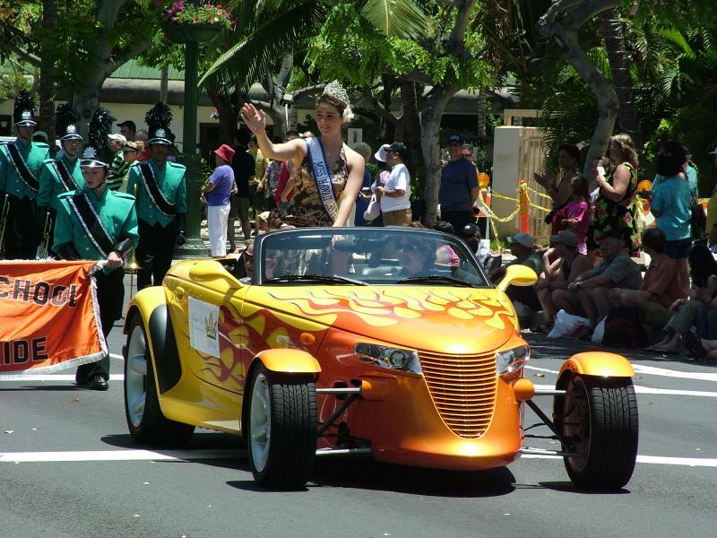 Miss Hawaii 2004 at the 89th King Kamehameha Day Parade