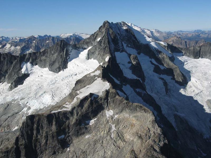 Mary Green (L) & Company (R) Glaciers (Bonanza092105-64adj.jpg)