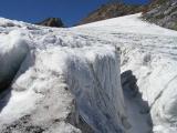 Glacier d'Ossoue. En arrière-plan : la Pique Longue (3298 m)
