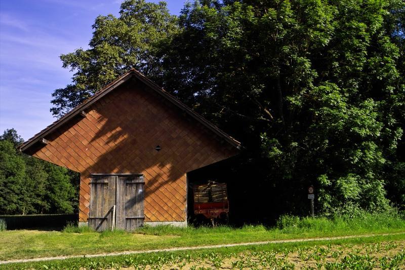 Off-Beat Barn