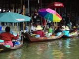 Floating Market at Damoen Saduk