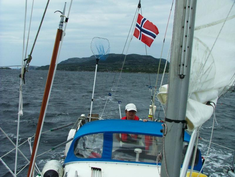 KNS Viking Spirit of Norway Sailing North MMSI 257899120 -LA6812 SelCall 32627-Captain C.Urquhart