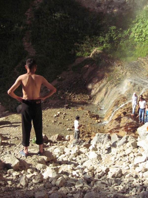 A stranger enjoys the view of Tanga Alta.
