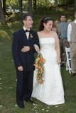 Walking down the aisle, Jess & her dad