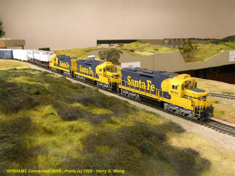 ATSF 4641 and sisters at Llano.