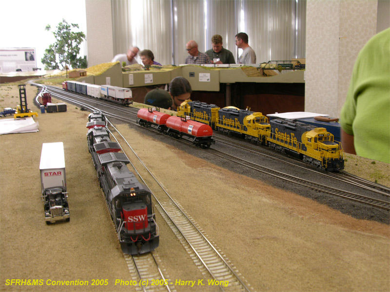 ATSF 4641 cuts off from her train at Tucson.