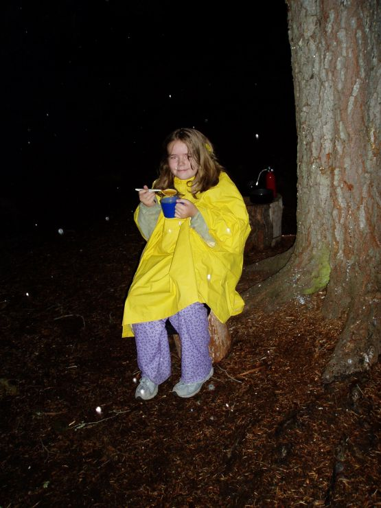 2005 October 8 Meagan pudding and snow.jpg