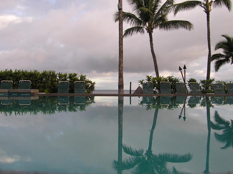 pool overlooking ocean at the Marriott