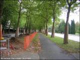 Bonne initiative : les barrières sont reculées, cela dégage la piste. (29/9/2005)