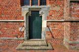 Loppersum - Petrus en Pauluskerk zijdeur
