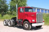 Red 1971 KENWORTH W-923-112 Conventional