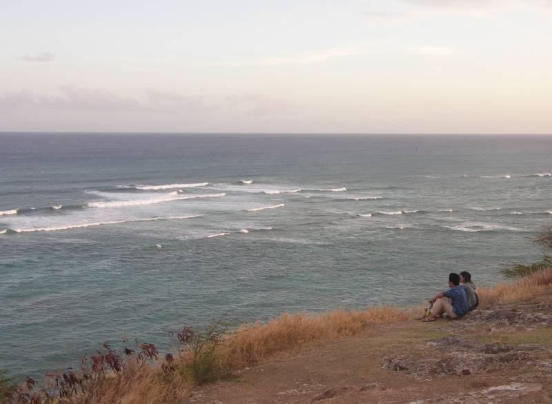 Enjoying the Kaalawai surf