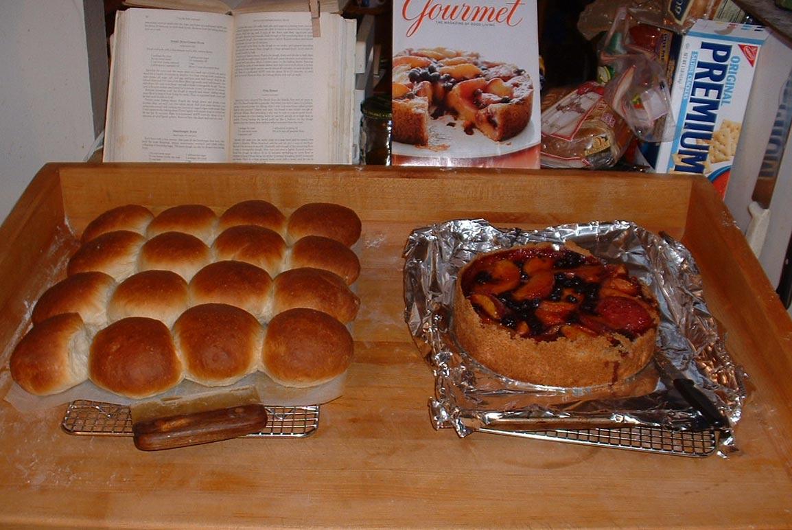 Hot Hamburger Buns and Juicy Peach-Blueberry Tart