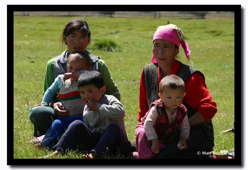Moms and Kids, Bayan-Olgii Aimag