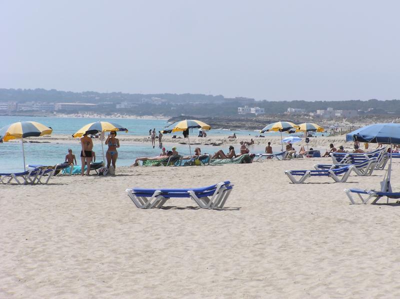 Tanga Beach