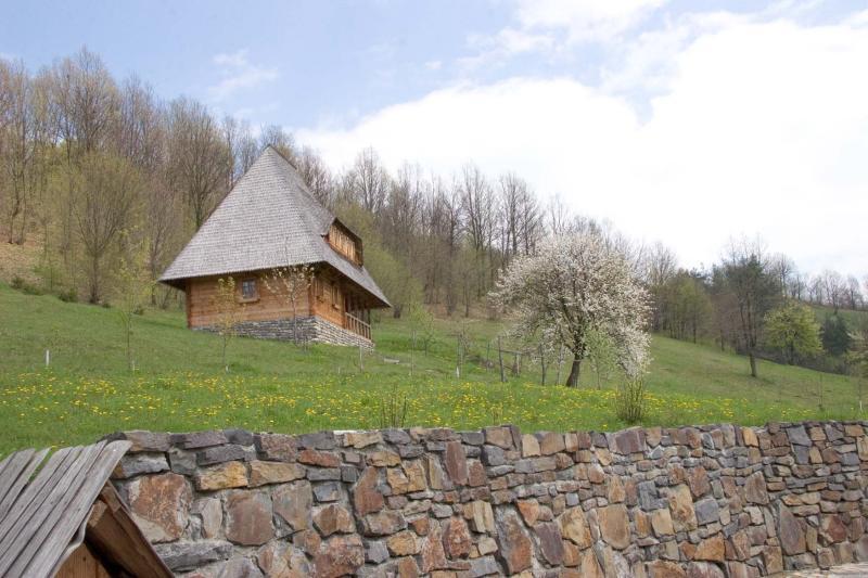 Birsana bungalow