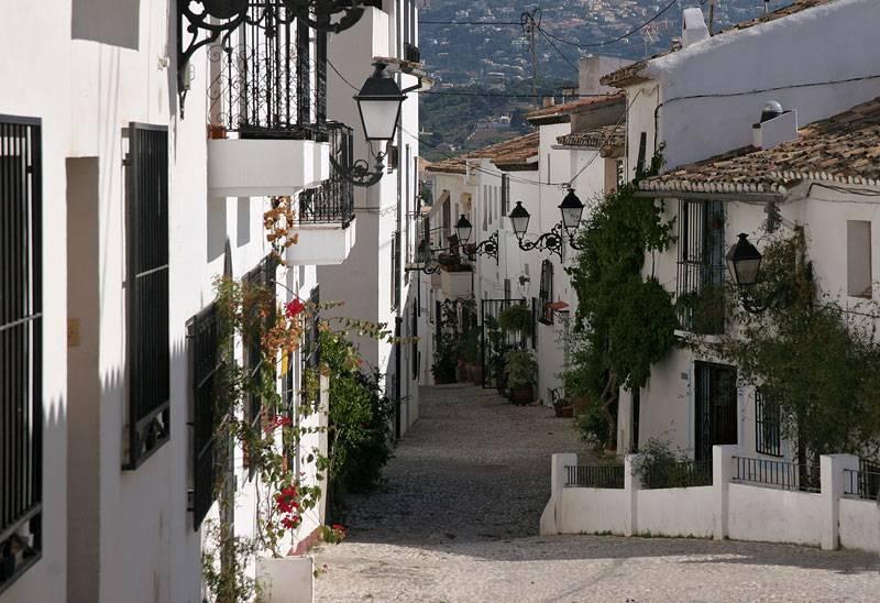Altea,street down to the coast