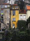 Da Ponte Luís I - o prédio amarelo