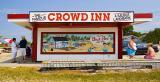 Crowd Inn 14046