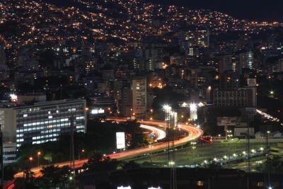 Vista Parcial de la Autopista Valle Coche - al Suroeste de Caracas -