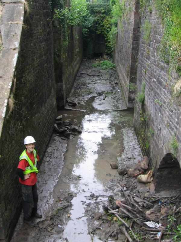 ...and to clear the culvert at the bottom of the lock ...