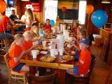 I want my birthday party at Hooters
