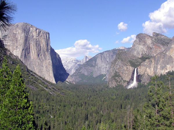 Tunnel View