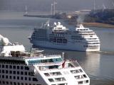 le Seven seas quitte le port