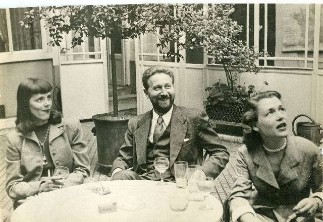 Addams with his first wife, Barbara, and eventual model for Morticia (left) and, on right side of photo, Anne Cobean.